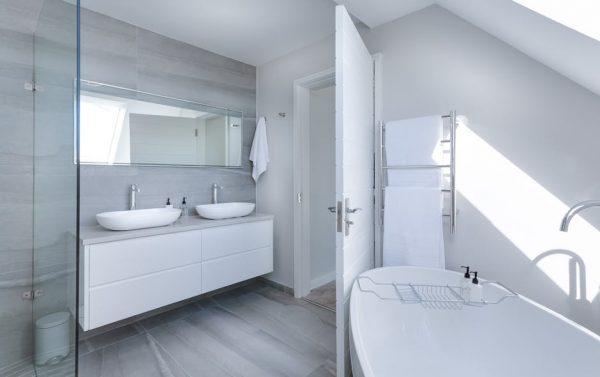 Comment habiller votre salle de bain correctement ?
