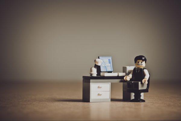Quelques conseils pour sélectionner un bon bureau de travail?